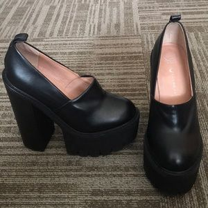 Jeffrey Campbell Scully platform shoes heels